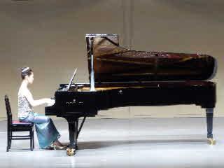 ピアノの発表会2017上の子