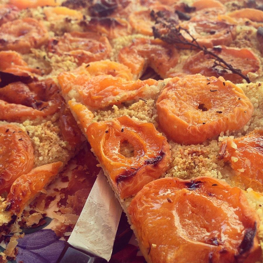 Tarte fine abricots et thym