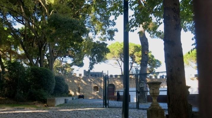 Burghof vom Castelo Sao Jorge