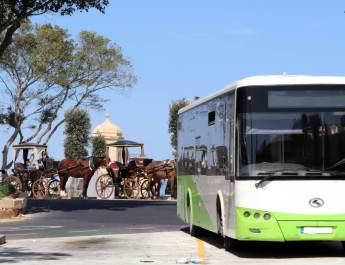 Einer der vielen Linienbusse auf Malta