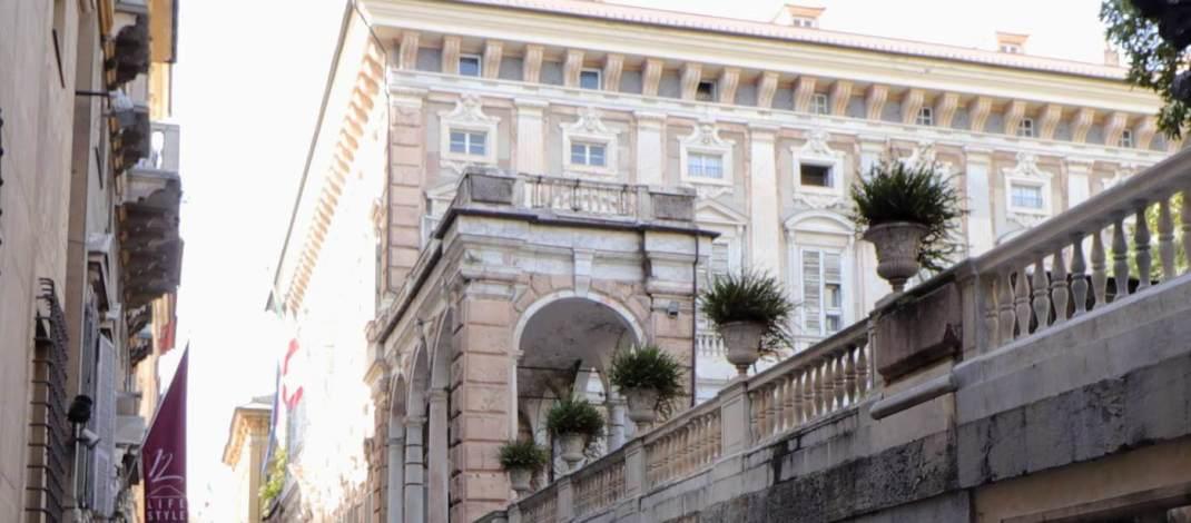 Der Palazzo Bianco zeigt Gemälde aus mehreren Jahrhunderten