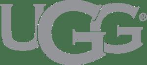 UGGロゴすべて大文字で真ん中のGがやや大きい最後にRのマーク