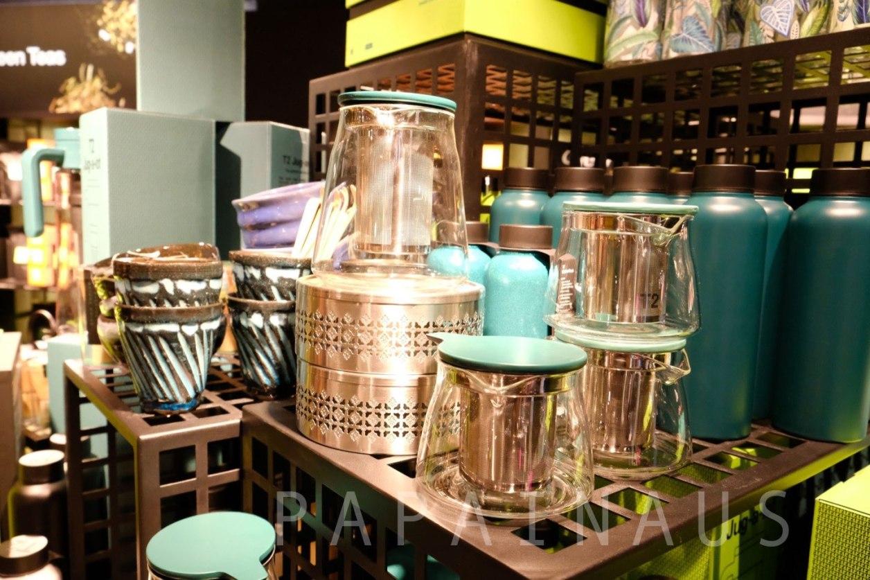 かわいい西洋風の茶器も人気