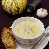 Supă cremă cu usturoi copt...