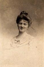 Renée LANDRIEU-LABARRE (56)