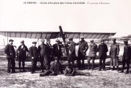 Le Crotoy - École d'Aviation des Frères CAUDRON - Gaston LANDRIEU (17) au milieu des amateurs de sensations fortes