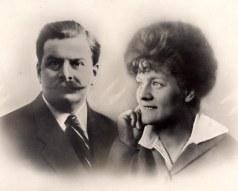 # 1904 - Pierre LANDRIEU (26) et son épouse Célina SNOOK