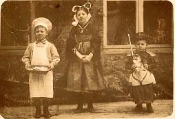 1913 - Enfants de Maurice LANDRIEU (16) : Lucien (162) - Geneviève (161) - Henri (163)