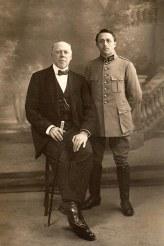 # 1916 - Anatole LANDRIEU (43), dit Oncle Jules - Robert LANDRIEU (422)