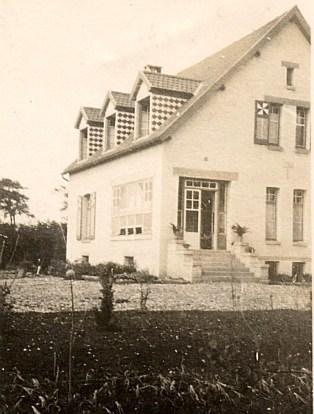 """1926 - """"La Vigie"""" vue des champs"""