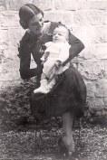 Automne 1934 - Au Vésinet - Monique (x 441) et Louis (4416)