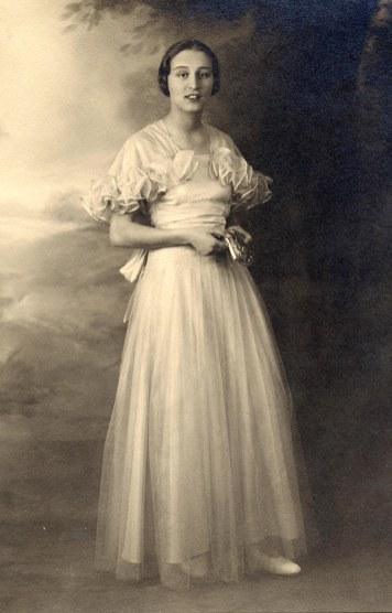 # 1940 - Élisabeth CHEVREUX (5211)