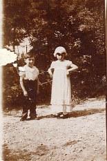 1932 - Bernard (1711) et Jacqueline LANDRIEU (1731) au mariage de Simone et Émile Poupart