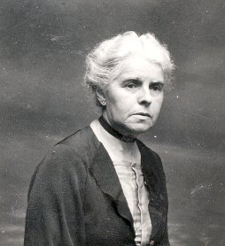 1933 - Hélène DUFOURNY-LANDRIEU (x 17)