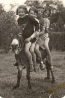 1936 - Sur Cadichon : Nicole et Bernard LANDRIEU, Françoise PADIEU et Jacqueline LANDRIEU