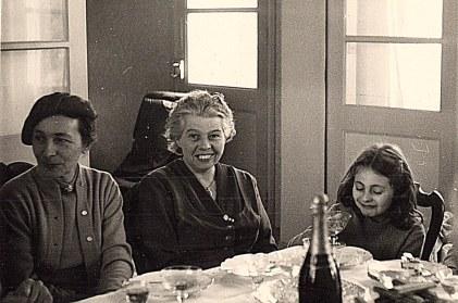 1956 - Baptême de Michel LANDRIEU : Germaine LAROCHE, Andrée LANDRIEU, Françoise LAROCHE