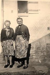 1956- Marie Bouland et Henriette Warin