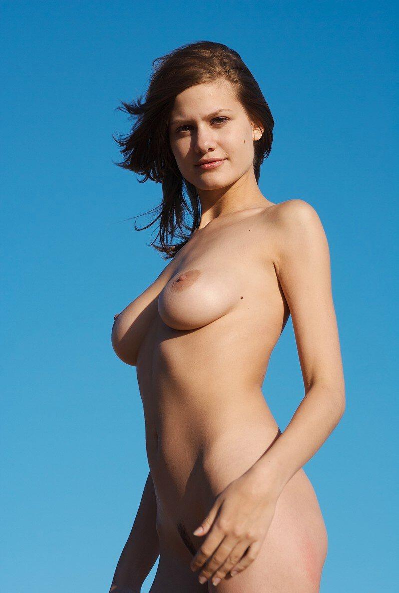 katee sackhoff naked tits