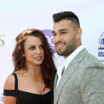 britney-spears-son-compagnon-sam-asghari-sur-tapis-rouge-the-daytime-beauty-awards-los-a.jpg