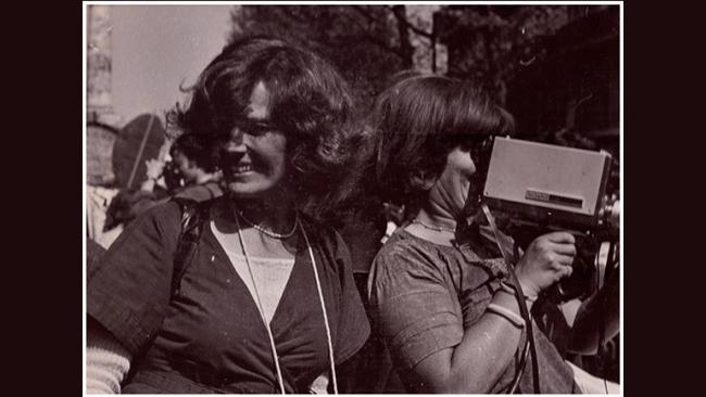 MUSAS INSUMISAS. DELFHINE SEYRIG Y LOS COLECTIVOS DE VIDEO FEMINISTA EN FRANCIA EN LOS 70 Y 80