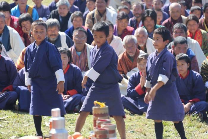 160208_BHUTAN_kids_7