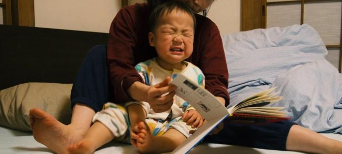 保育園、0歳児から1歳児クラスへの進級が原因だった! 夜、眠るのを嫌がって号泣します