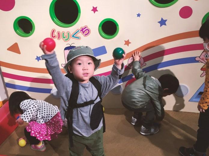NHKスタジオパーク「パッコロリン」で遊ぶ鼓太郎