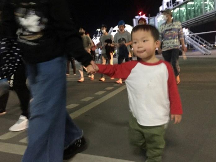 フィリピン航空、マクタン・セブ国際空港に到着。鼓太郎初めての海外に降り立つ