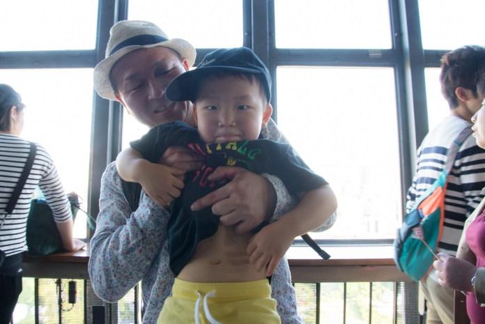 東京タワー 階段でゴール 3歳の鼓太郎と43歳のパパ