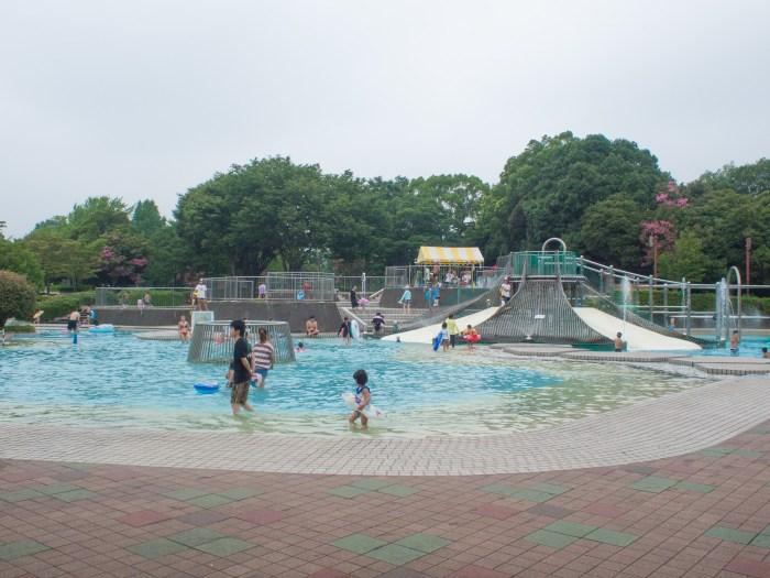 冒険プールの外観(昭和記念公園レインボープール)