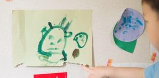 3歳11か月のお絵描き。顔、髪、身体を描くようになりました