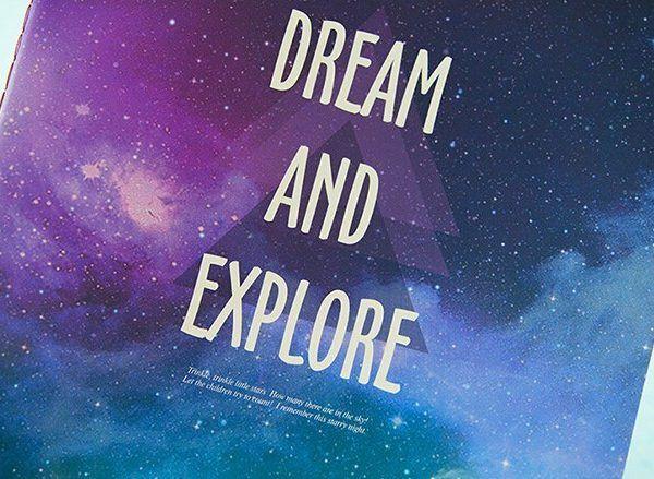 Cuaderno dream and explore Pantone 2018 ultravioleta