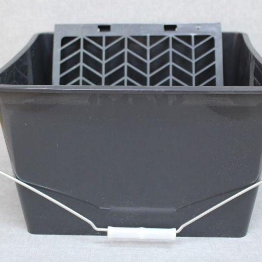 herramientas 501 - Cubeta para cola con rejilla