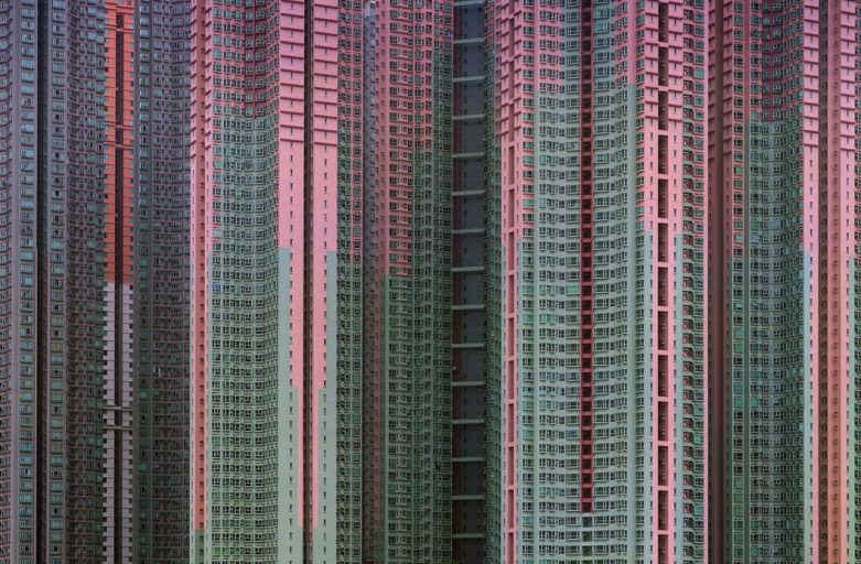 MICHAEL WOLF – LIFE IN CITIES