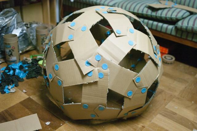 20面体ベースの段ボールドームの試作