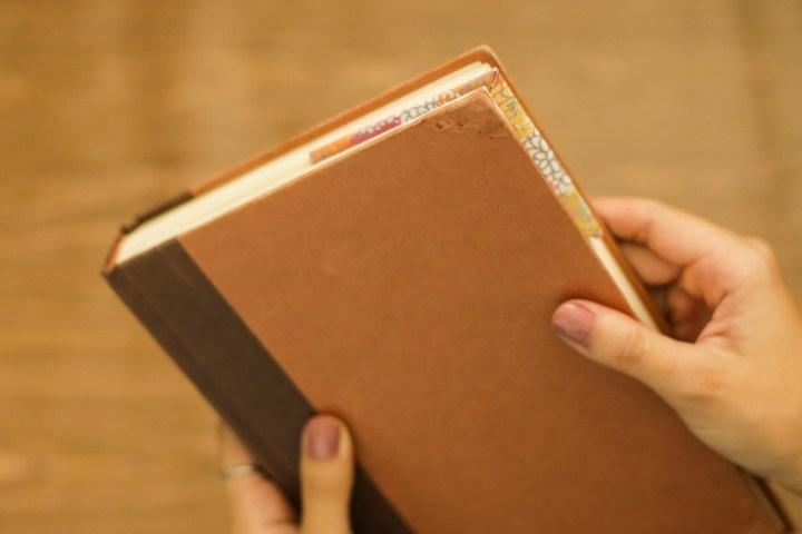 DIY Easy & Cute Corner Bookmark 9