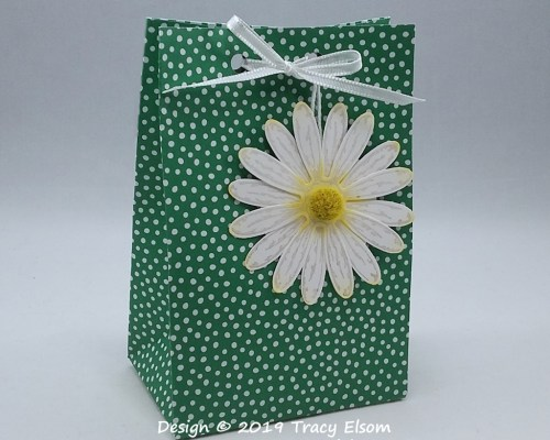 Bag and Daisy Tag
