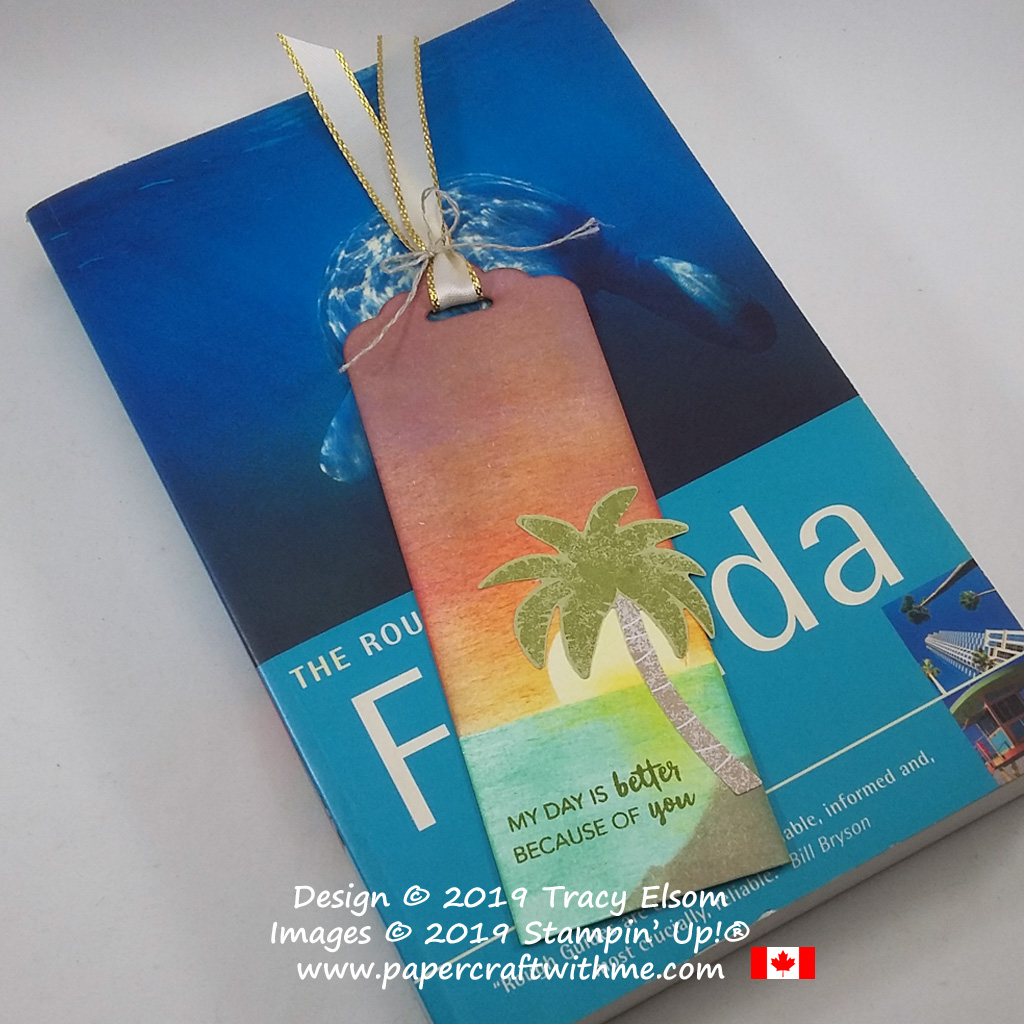 Sponged tropical sunset bookmark with laser-cut palm tree and sentiment from the June 2019 Paper Pumpkin kit - A Little Smile.