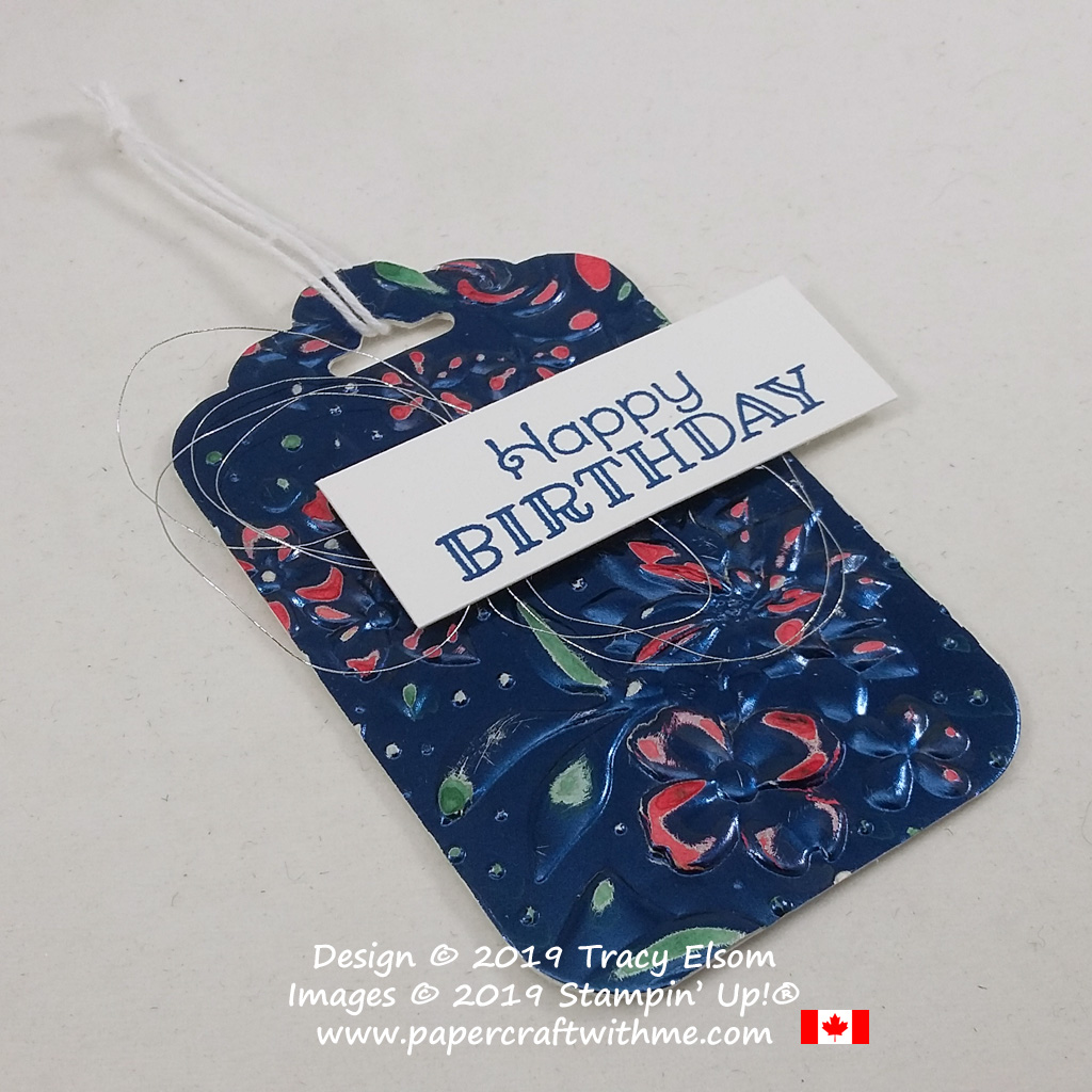 Distressed foil birthday gift tag created using the Country Floral 3D Embossing Folder and Rustic Retreat Stamp Set from Stampin' Up! #papercraftwithme