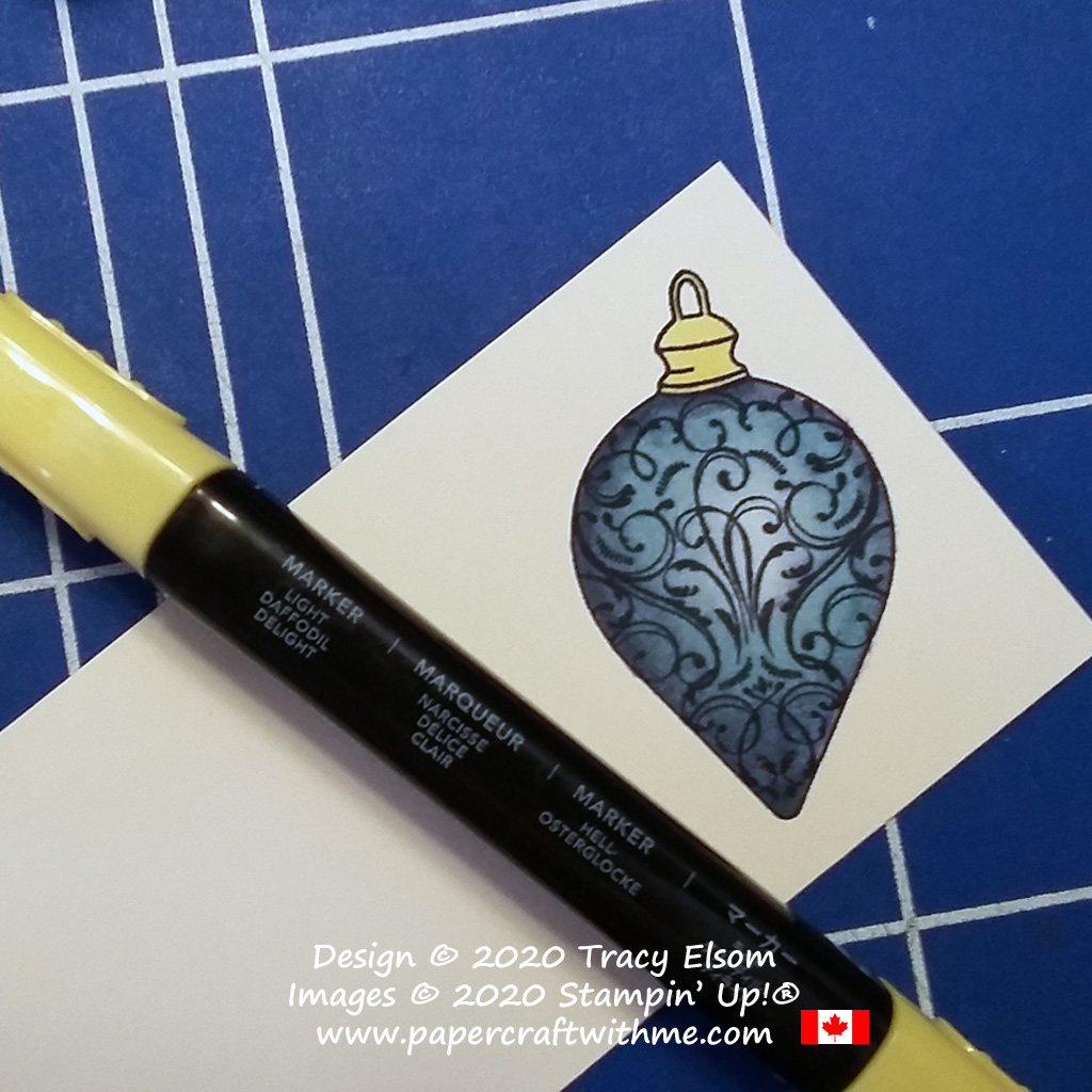 Step 6 colouring the ornament image from the Christmas Gleaming Stamp Set from Stampin' Up! #papercraftwithme