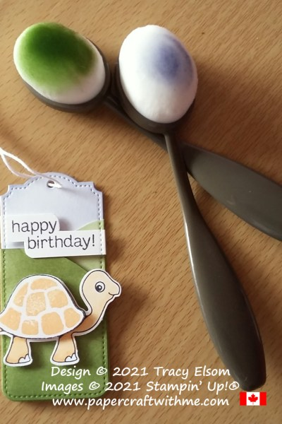 Cute layered birthday gift tag created using the Turtle Friends Stamp Set and Turtle Punch from Stampin' Up! #papercraftwithme