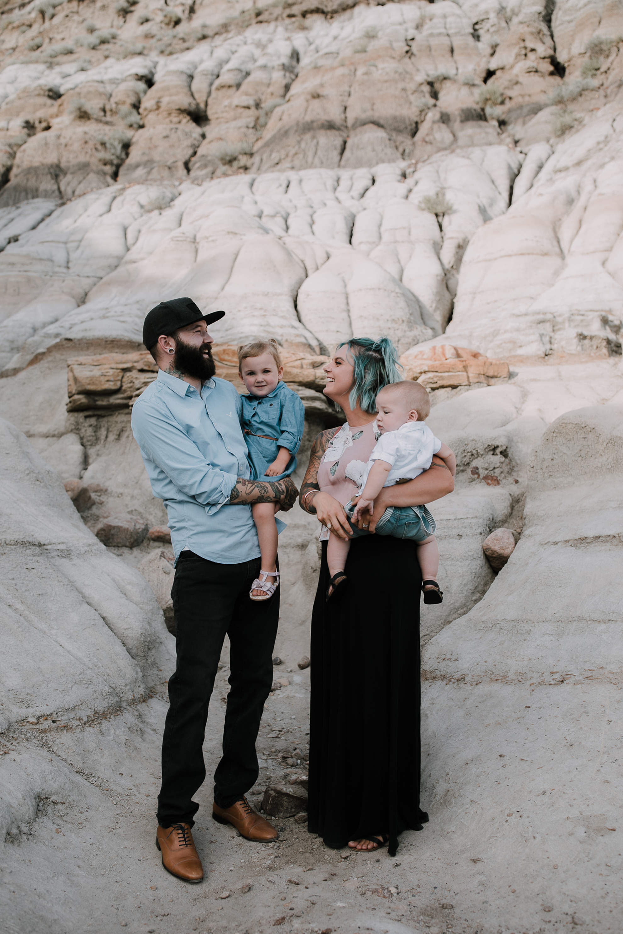 Drumheller Family Connection Session   Brooker Family, Drumheller Family Photography   ©The Paper Deer Photography   paperdeerphoto.com, Alberta Family Photographer, Banff Family Photographer