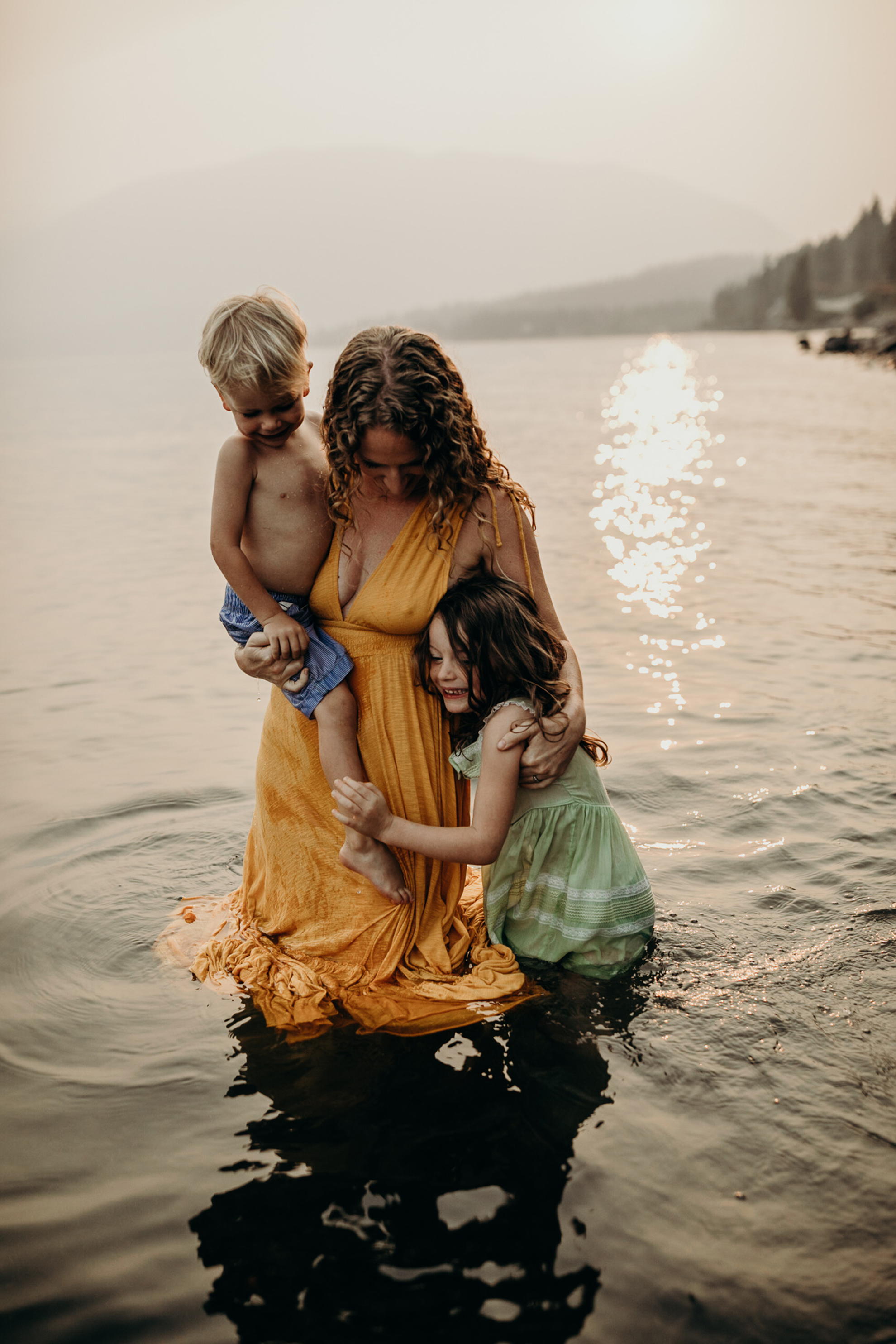 Salmon Arm Family Photography | ©The Paper Deer Photography | paperdeerphoto.com