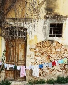 Panni ad asciugare nella città antica di Chania