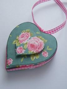 tilda heart box 1