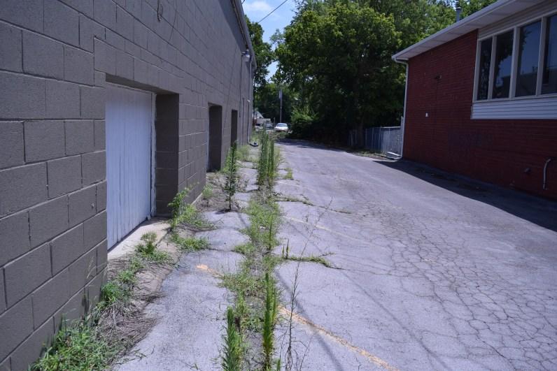 Current side parking lot
