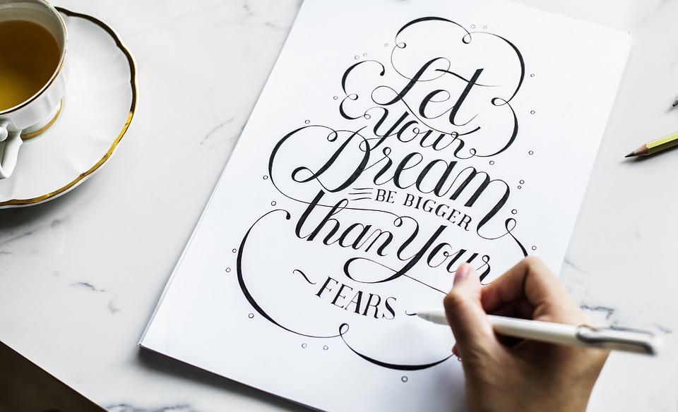Lettering, tipografía y caligrafía, ¿Son lo mismo?