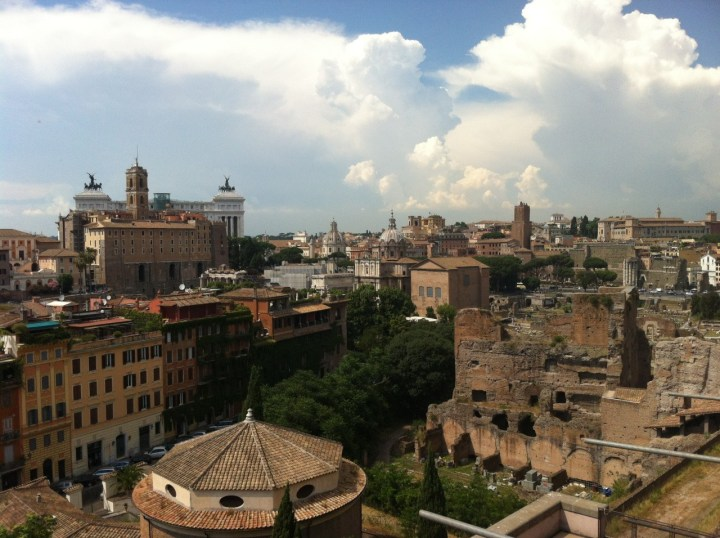 Do As the Romans Do: 10 Tips for Visiting Rome, Italy