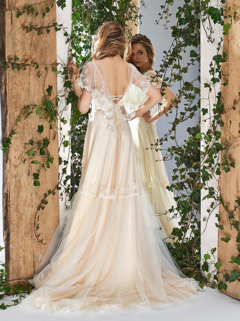 1805L-wedding-dress-back