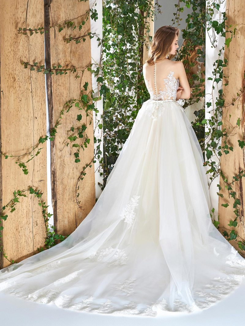 1816L-wedding-dress-back